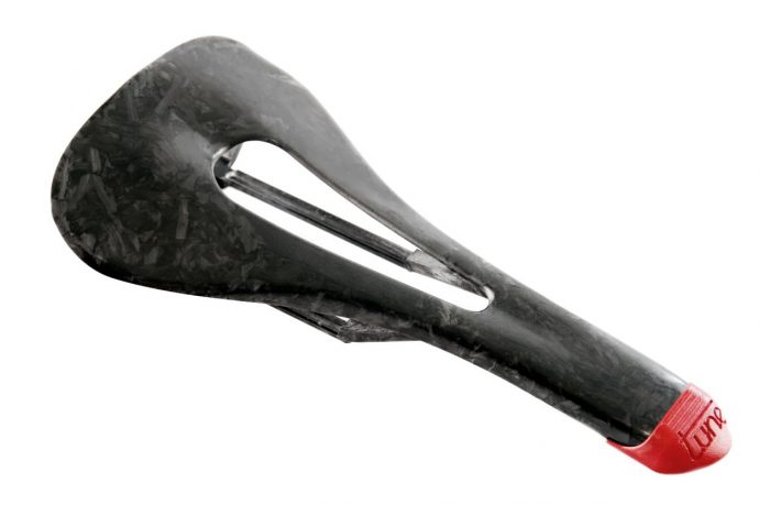 SELLE_TUNE_SKYRACER_ROUGE